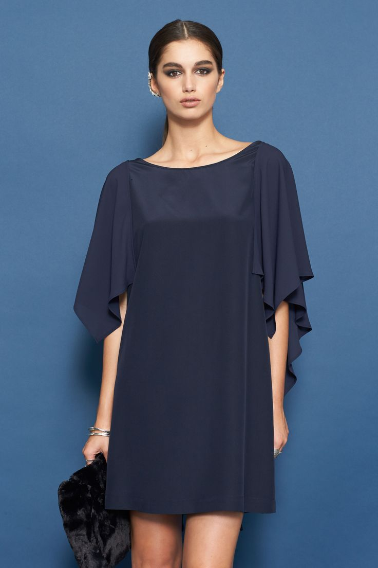 moochi enthrall dress