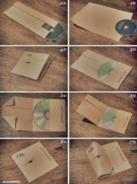 Hoe maak je een cd-hoesje maken van papier. Vouw een vel US Letter-of A4-formaat papier horizontaal, het verlaten van een 1-inch (0,5.