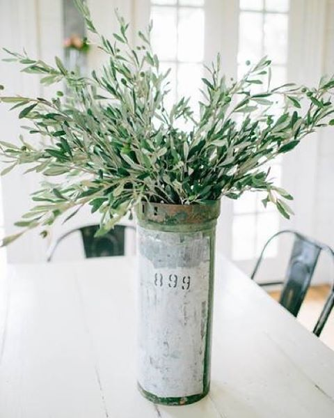 For those of you looking for staple greenery to add texture and life to your space, but don't want the upkeep that comes along with the real thing, we've compiled a collection of our faux greenery! Shop collection at the link in our profile!