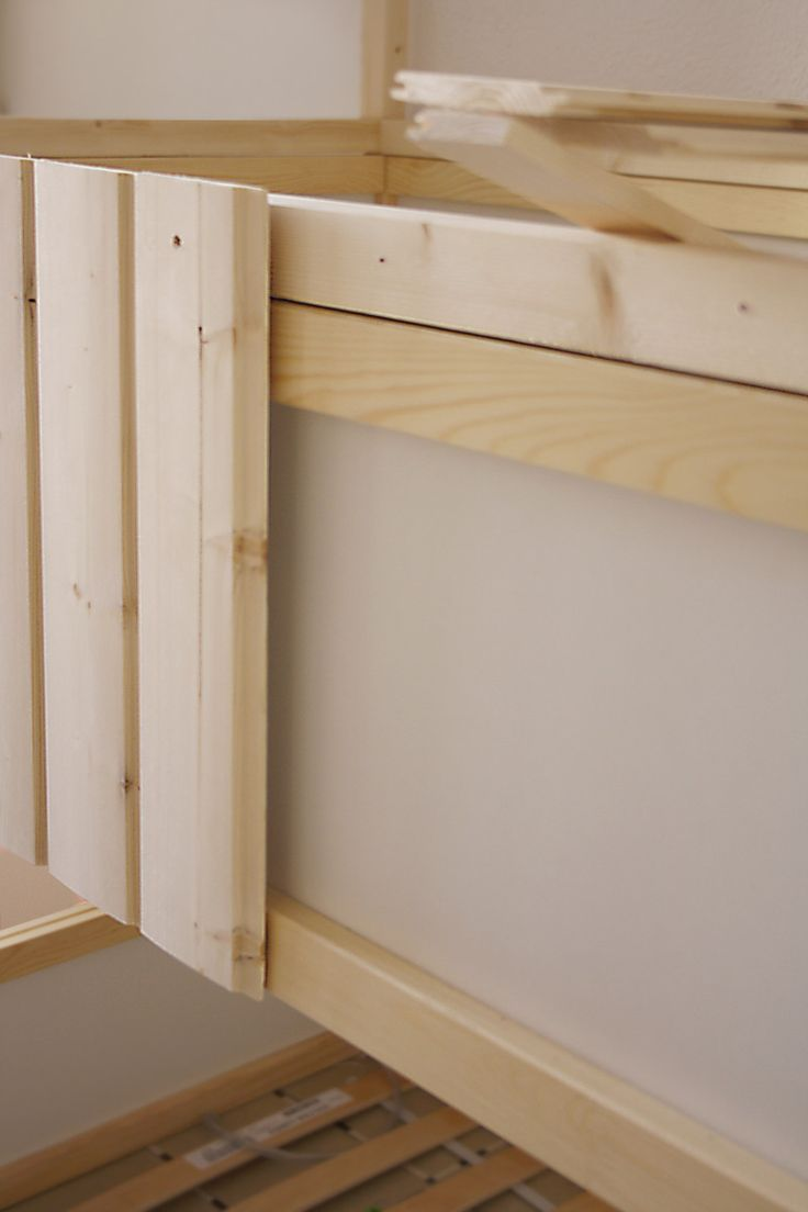 DIY: Wood house with Kura beds - IKEA Hackers - IKEA Hackers Secret Pirate hideaway house! Maybe mod it with a slide from the top bunk?