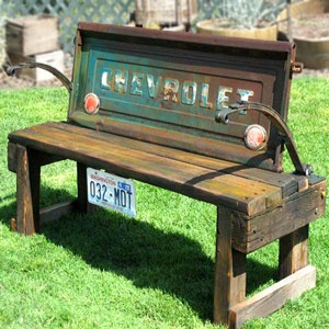 tailgate benchGardens Ideas, Tail Gates, Truck Tailgate Bench, Things, Trucks Tailgating Benches, Diy, Happy Fathers Day, Front Porches, Gardens Benches