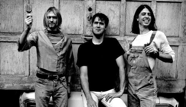 """http://buff.ly/1oU4T85 - """"Pennyroyal Tea"""" é a nona faixa do último álbum dos Nirvana, """"In Utero"""". A música foi composta pelo próprio Kurt Cobain e seria o terceiro single do álbum, se o suicídio não tivesse ocorrido. Segundo o biógrafo Michael Azerrad, o tema foi escrito em cerca de 30 segundos e gravado logo de seguida."""