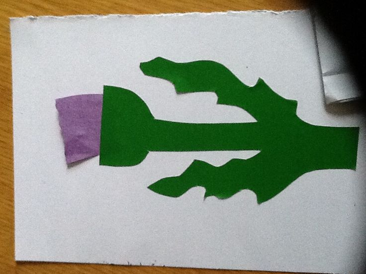 Thistle craft for St Andrews Day.