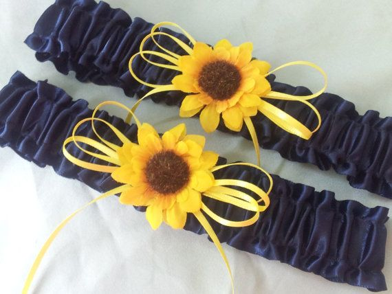 Sunflower Wedding Garter Set  Add Something Blue to your sunflower wedding theme. Navy Blue