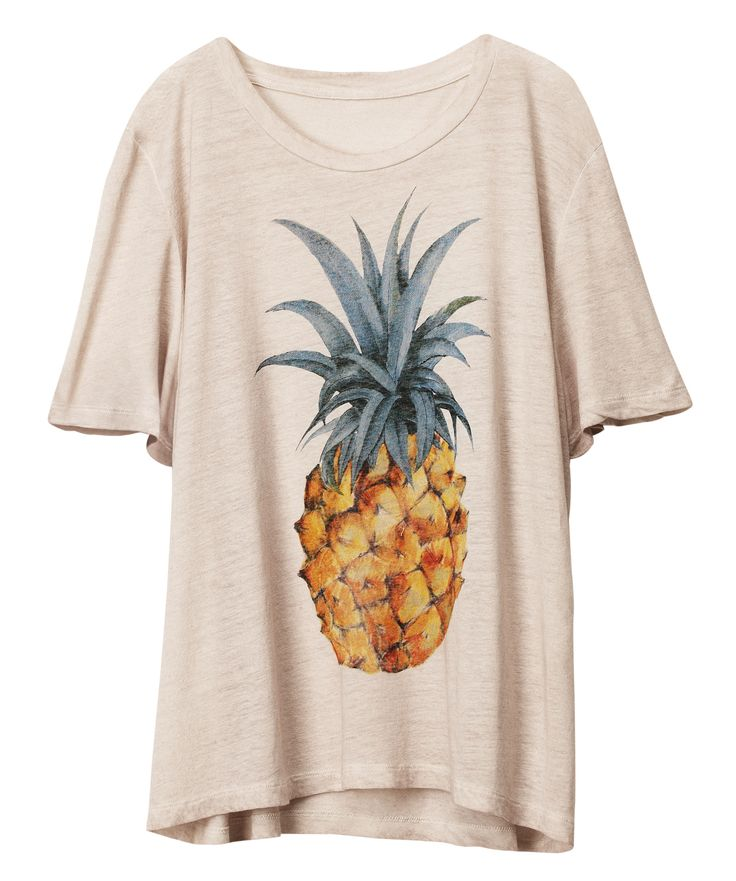 HM pineapple T-Shirt  Pineapple motifs are one of my favourite things.