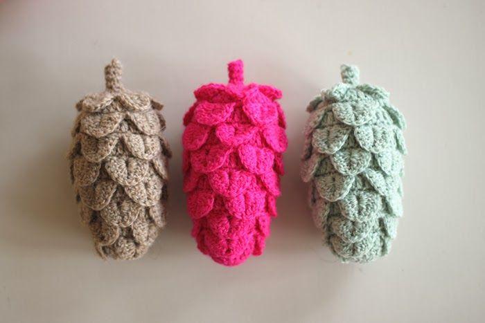 YARNFREAK: DIY: Crochet pine cones --- Free pattern in english
