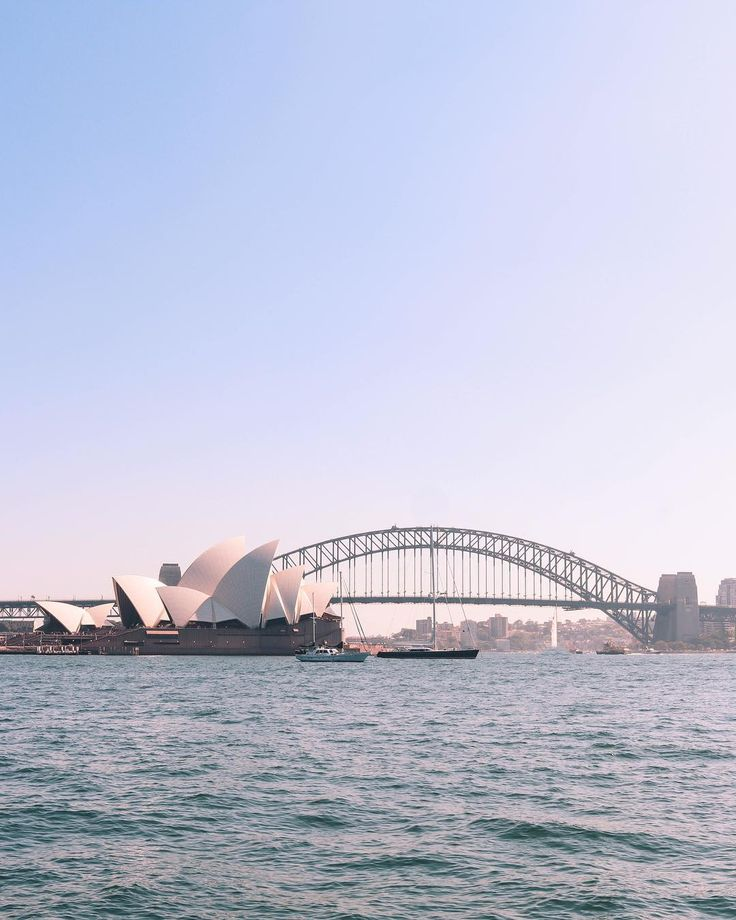 @courtneygaye_travels #courtneygaye_travels #Sydney #Harbour #SydneyHarbour #OperaHouse #SydneyHarbourBridge