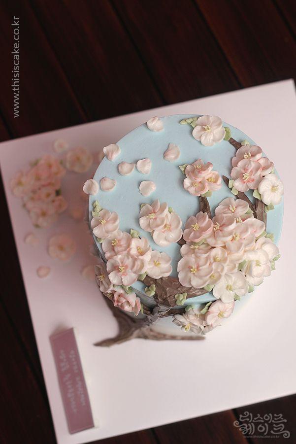 [thisiscake Korea] buttercream flower cake by www.thisiscake.co.kr (email-thisiscake@...) wechat ID: thisiscake Cacao talk ID: thisiscake facebook : thisiscake