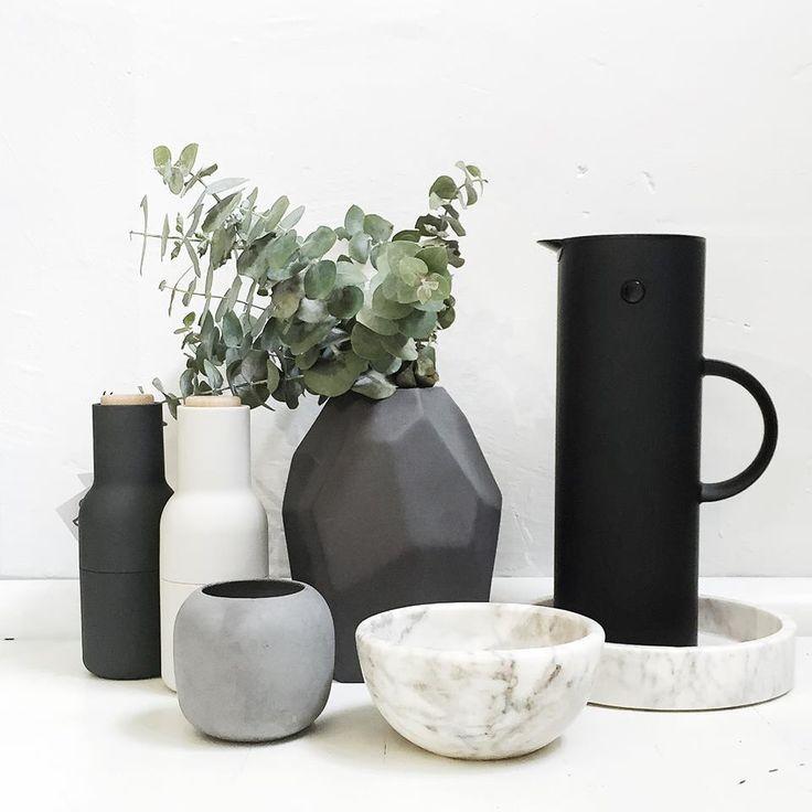 Arrival Hall ceramic vases #sweetdreamsmum #mumsgiftguide