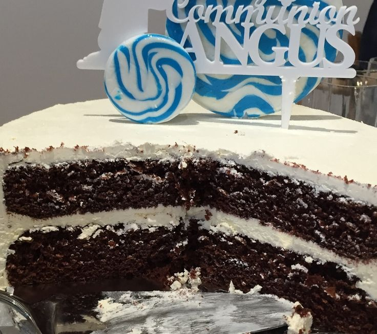 1st Holy Communion Cake Chocolate cake Chocolate ganache filling Vanilla buttercream icing