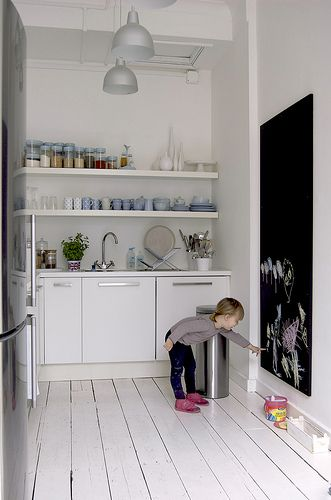 i love blackboards in kitchens...great for lists and ...LOVE THIS..HELPS KEEP LITTLE ONES BUSY WHILE MOM WORKS...