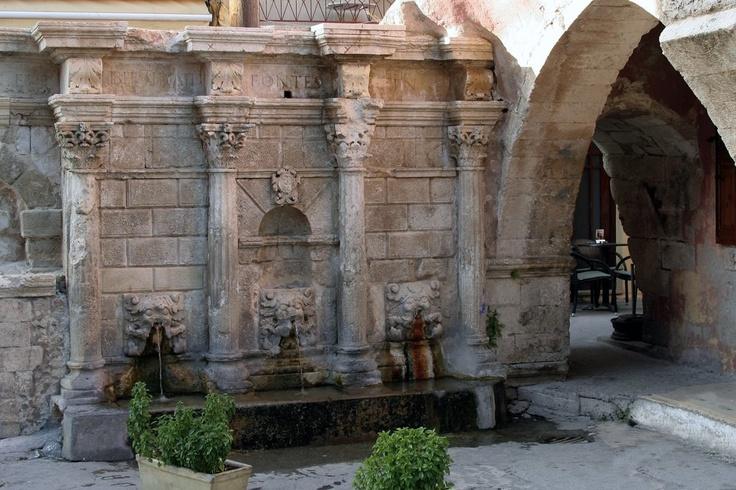 Rimonti Crene Old Town