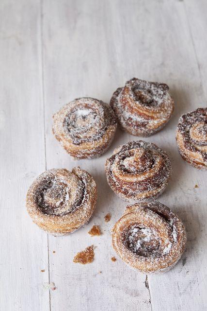 easy muffin tin-size cinnamon buns