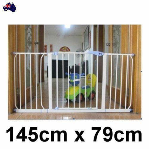Baby & Pet Doorway Safety Security Gate Stair Barrier Swing Door 145 x 79cm New