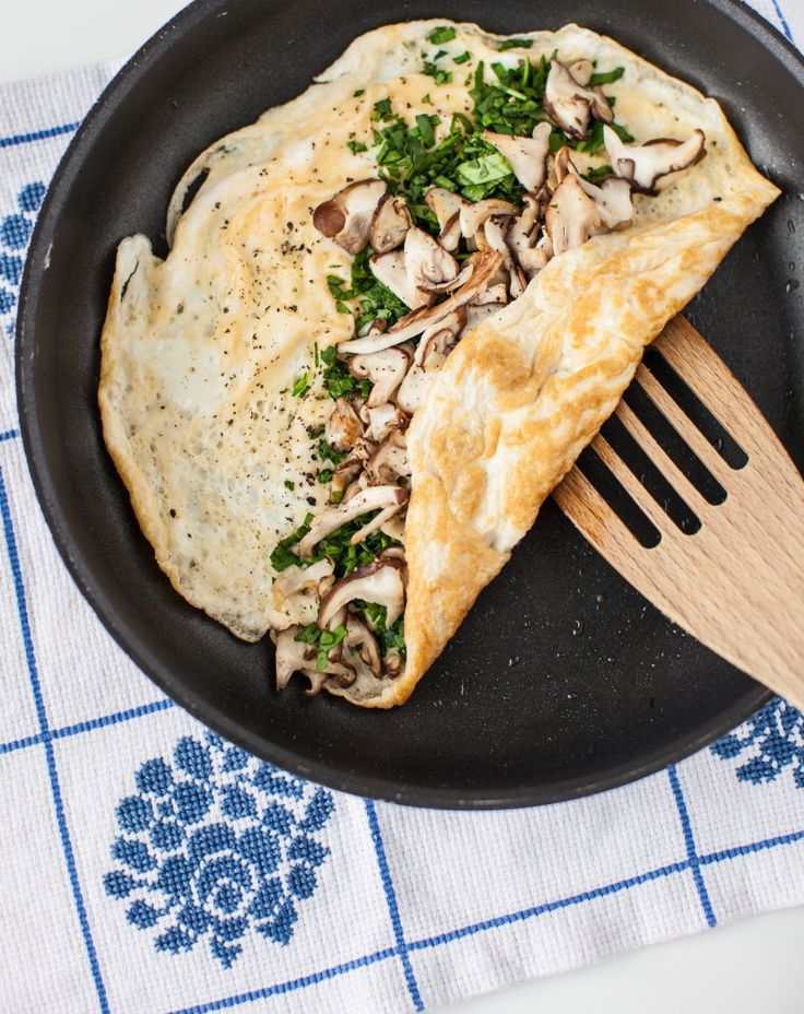 This mushroom and spinach omelette is nutritious and delicious