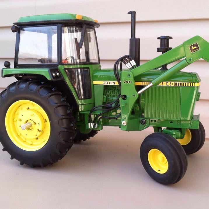 Bddff Db C B Fb E Af A Farm Toys John Deere