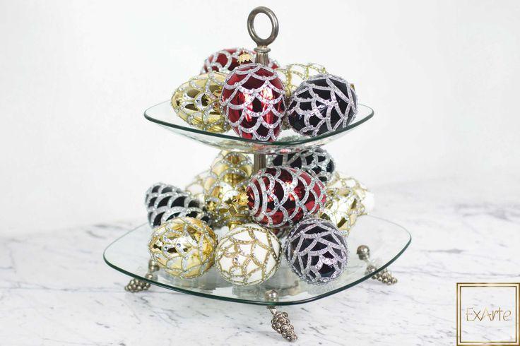 Design na Święta Bożego Narodzenia - szklane bombki choinkowe.  Please visit our online shop with beautiful, hand crafted glass christmas ornaments :)