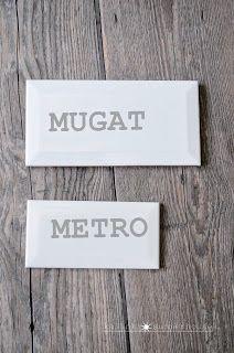 """Equipe Ceramicas METRO white: wymiary 7,5x15 cm, od spodu wklęsła, a więc lżejsza niż """"Mugat"""" i nie taka biała, jak u konkurenta, taka lekko kremowa. Pakowana po 0,7 m2, w paczce 60 sztuk. Cena za  1 m2: 77-110 PLN (za paczkę od 53 do 86 PLN)."""