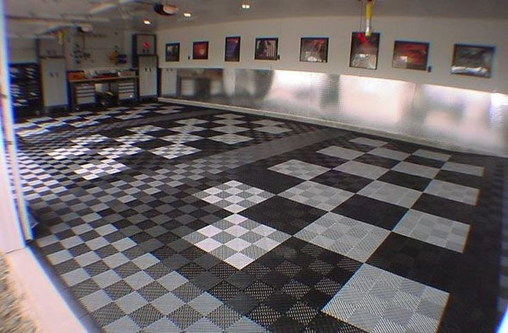 Pretty Garage Floor Design Ideas That You Can Try