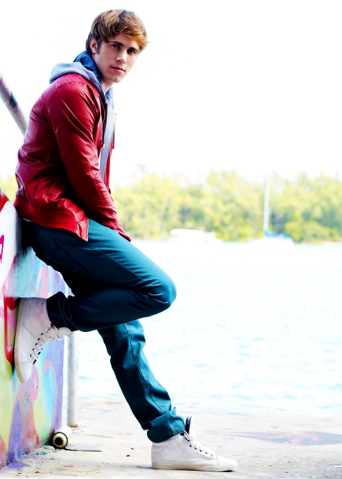 Blake Jenner... Next to Darren Criss, my Glee heartthrob....