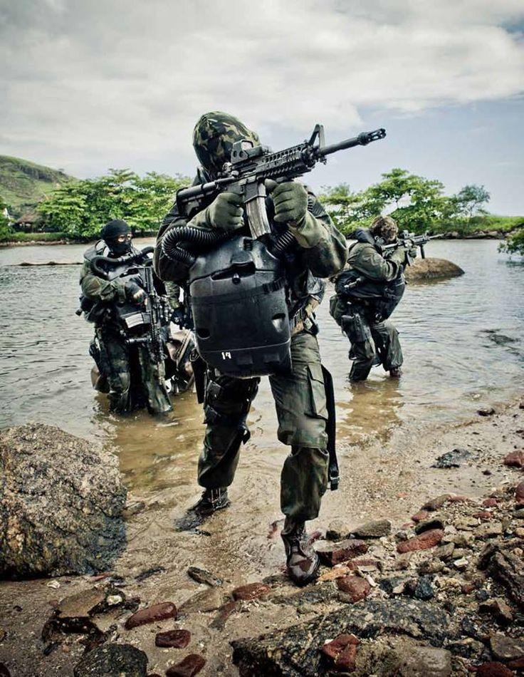 Fuzileiros Navais - Marinha do Brasil.