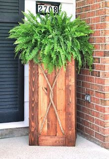 Tall Planter Made From Pallets