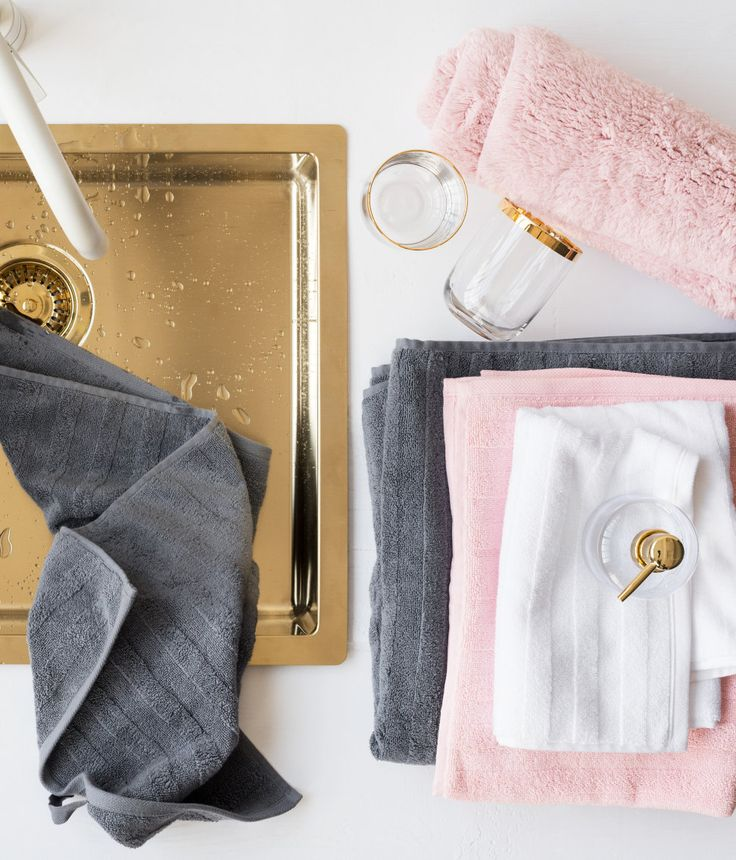 Guest towels in thick cotton terry with a woven textured stripe. | H&M Home