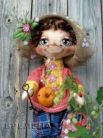Сказочные персонажи ручной работы. Ярмарка Мастеров - ручная работа. Купить Текстильная кукла Домовой Мафаня... Handmade. Ярко-красный