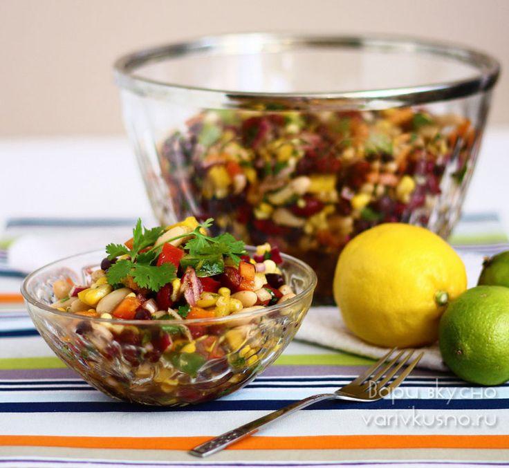 Мексиканский салат с кальмарами фото