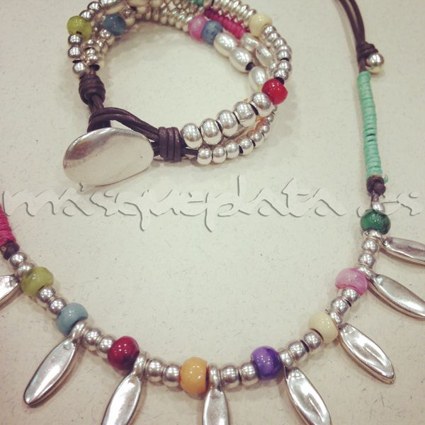 Collar + brazalete zamak colores