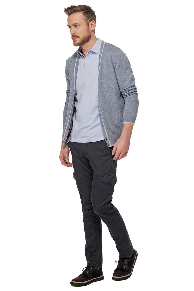 Cardigan avec détails contrastants / Cardigan with contrast details https://www.tristanstyle.com/en/men/looks/5/hv040d0706zbl10/