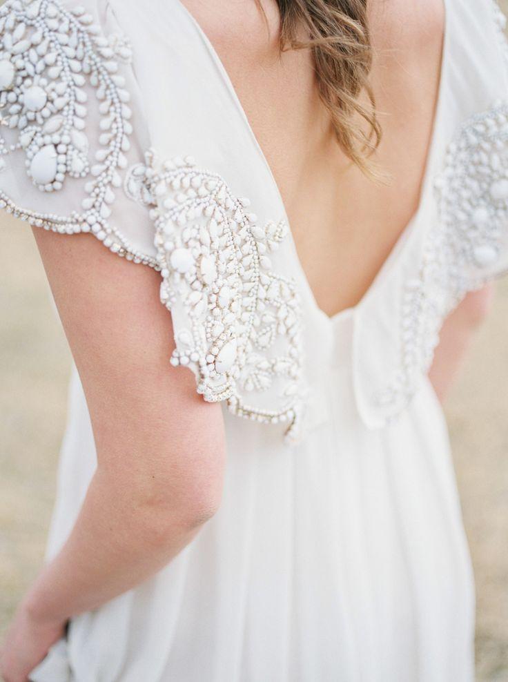 Rue De Seine Sadi gown found on Style Me Pretty blog. http://ruedeseine.com
