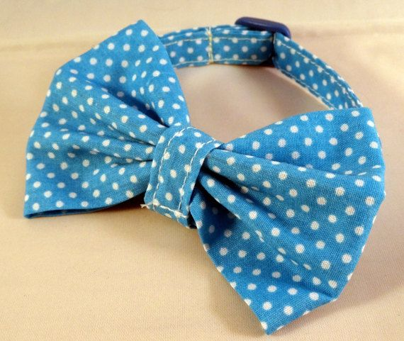 Bespoke, handmade cat collars by Lovely Luna crafts. Each collar is lovingly…