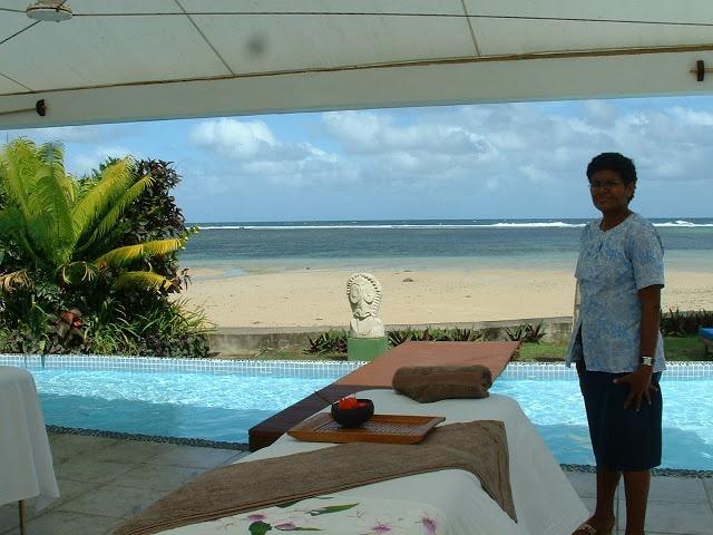Fiji Hideaway Resort & Spa Private pool area in the oceanfront spa