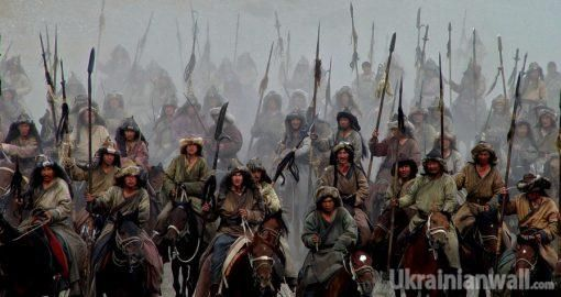 Климат остановил вторжение монголов в Европу в 1242 году, — ученые http://ukrainianwall.com/ukraine/klimat-ostanovil-vtorzhenie-mongolov-v-evropu-v-1242-godu-uchenye/  Кольца деревьев из бревен одной из церквей в Закарпатье помогли ученым раскрыть секрет того, почему монголы не завоевали Европу, неожиданно остановившись в Италии и Венгрии в 1242 году. Об этом