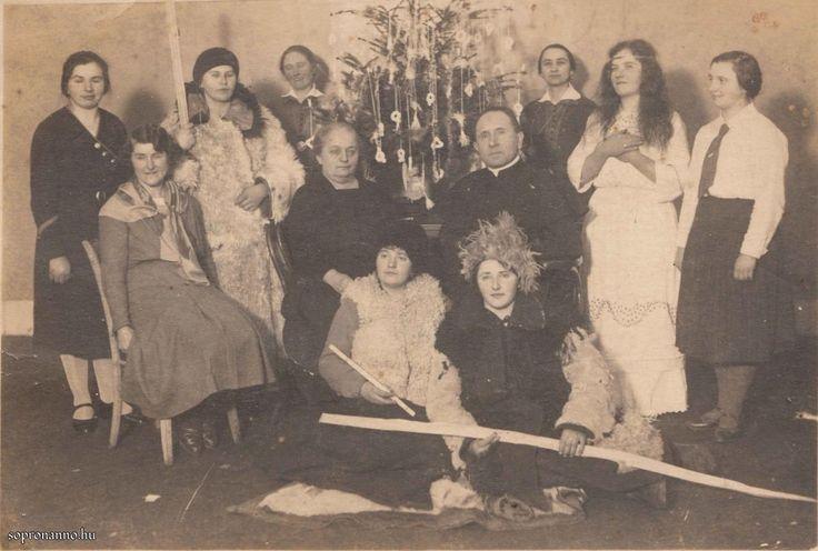 Karácsonyi ünnepség 1934-ben - Sopron anno