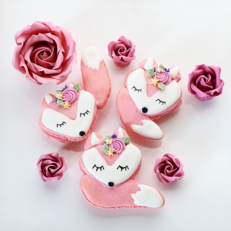 Fox macarons. How cute are these. Christina's Cupcakes.