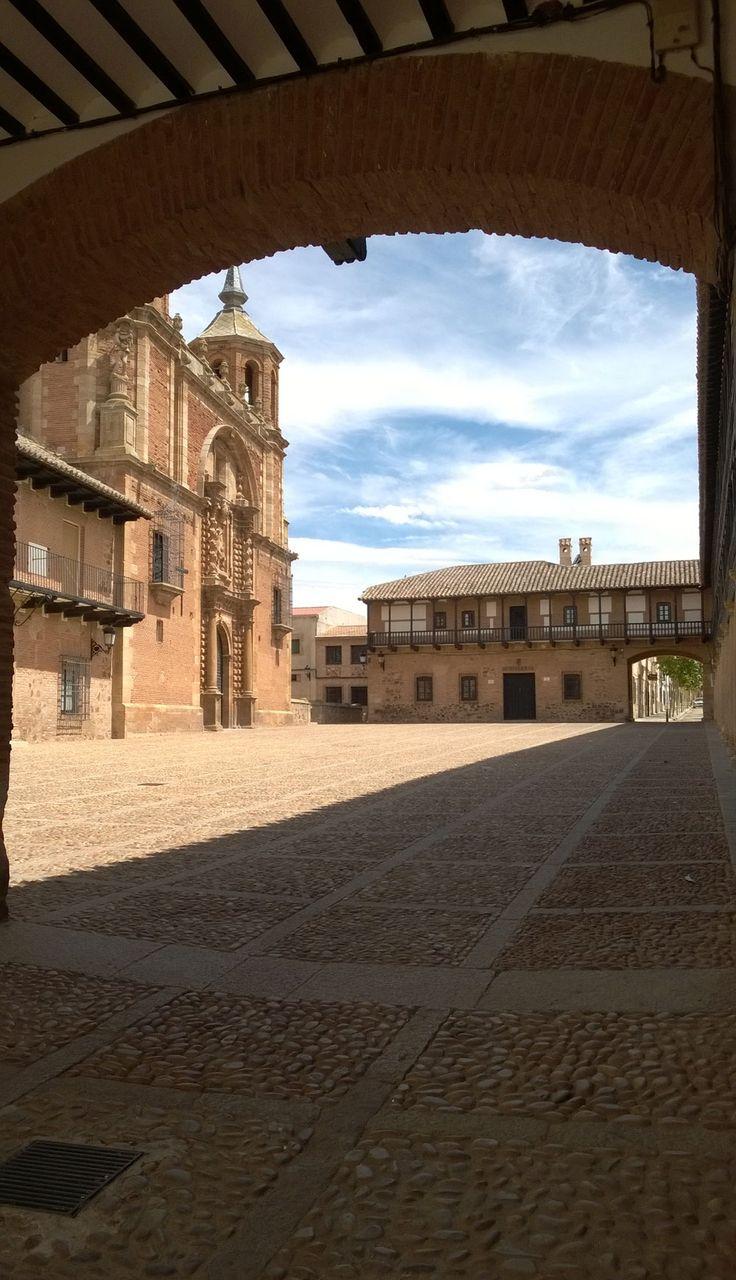 Plaza Mayor de San Carlos del Valle, Ciudad Real, Castilla- La Mancha