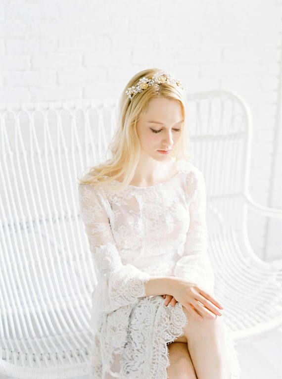 Bridal Crystal Crown, Vintage Headpiece, Floral Tiara, Wedding Accessories, Bridal Tiara, Bridal Crown, 1920 crown, Headpiece, #2017 A gorgeous bridal floral and crystal tiara. This is handmade to order, we are a small company, please allow 2-3 weeks for production. Rush order is