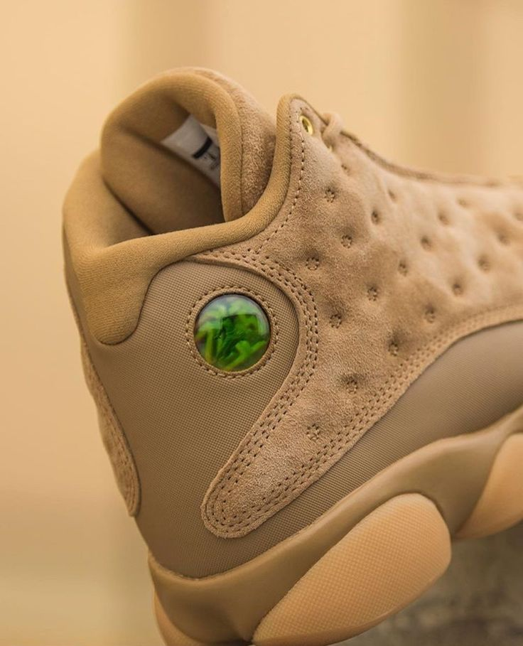"Air Jordan 13 ""Golden Harvest"""