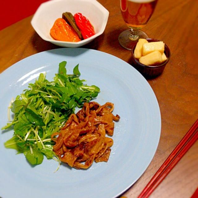 かんぴょう料理初めて作ってみました。  豚のしょうが焼き的な感じで面白い! ピーマンは種まで食べられるからゴミも少なくて地球にも、身体にも優しくなれた気がする~ - 19件のもぐもぐ - かんぴょうのテリヤキとピーマンのまるごと煮と山芋のシャキシャキ漬 by shiho0403