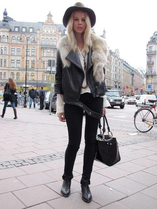 UM perfect // leather jacket // fur stole // hat