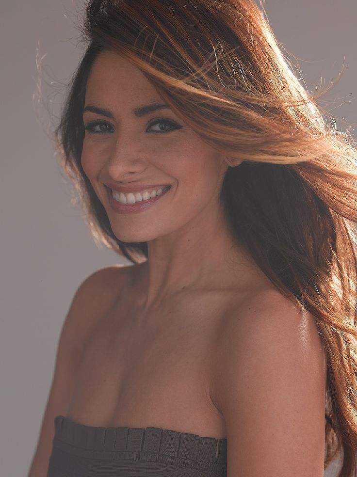 In one of the top castings this season, Person of Interest's Sarah Shahi is set to headlineDrew, CBS' drama pilot based on the Nancy Drewcharacter from the classicmystery book series. Writ…