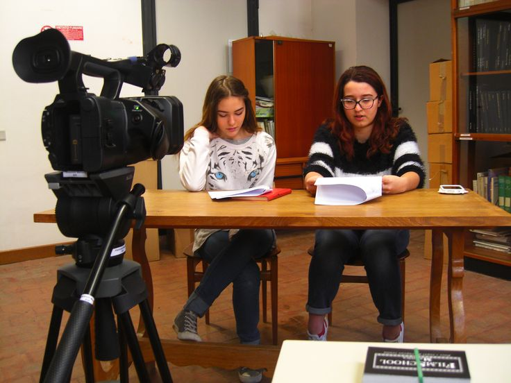 """Siamo alla ricerca di giovani attori talenti!! ;-)  Giornata dedicata ai provini con gli studenti del liceo artistico G. Romano di Mantova e dell'istituto comprensivo di Roncoferraro (Mn) per """"RISCATTO""""."""