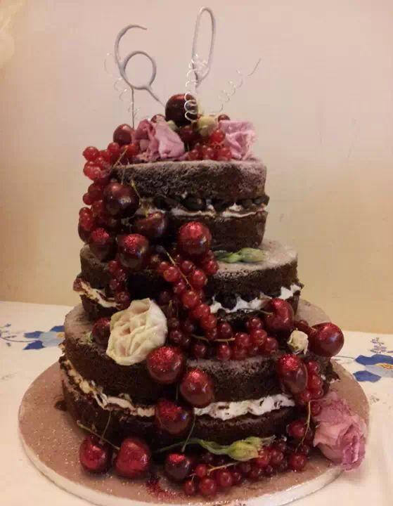 Black forest gateau Cake decorating Pinterest