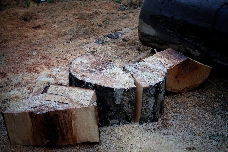 Příprava dřeva pro výrobu dřevěné formy.
