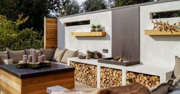 loungen met een haardje, mooie materialen beton en hout