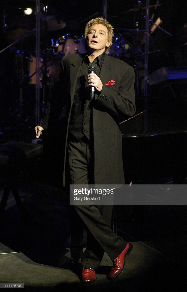 Barry Manilow during Barry Manilow Celebrates His Extraordinary New Album 'The Greatest Songs of the Fifties' - January 24, 2006 at The Allen Room Frederick P Rose Hall - Jazz at Lincoln Center in New York City, New York, United States.