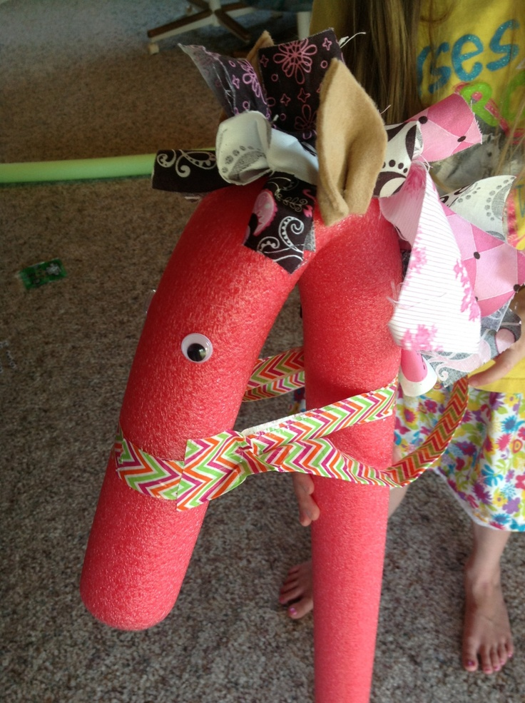 Best 25 noodle horse ideas on pinterest pool noodle for Where to buy horseshoes for crafts