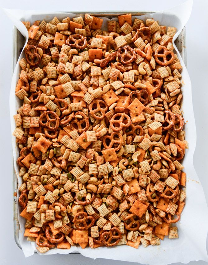 1000+ images about CHEX MIX on Pinterest | Chex mix, Puppy chow and ...